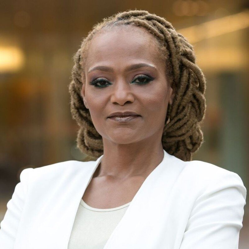 A headshot of Khadijah Adams, a serial entrepreneur who specializes in cannabis and women empowerment through her Girl Get That Money program.