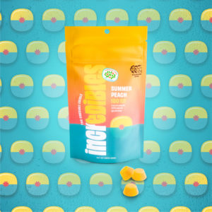 incredibles Summer Peach gummies against a graphic backgorund with repeating peach icons. One of six best Medically Correct cannabis products for summer
